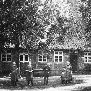 Zahlreiche Feuer auf dem Hof Amelinghausen